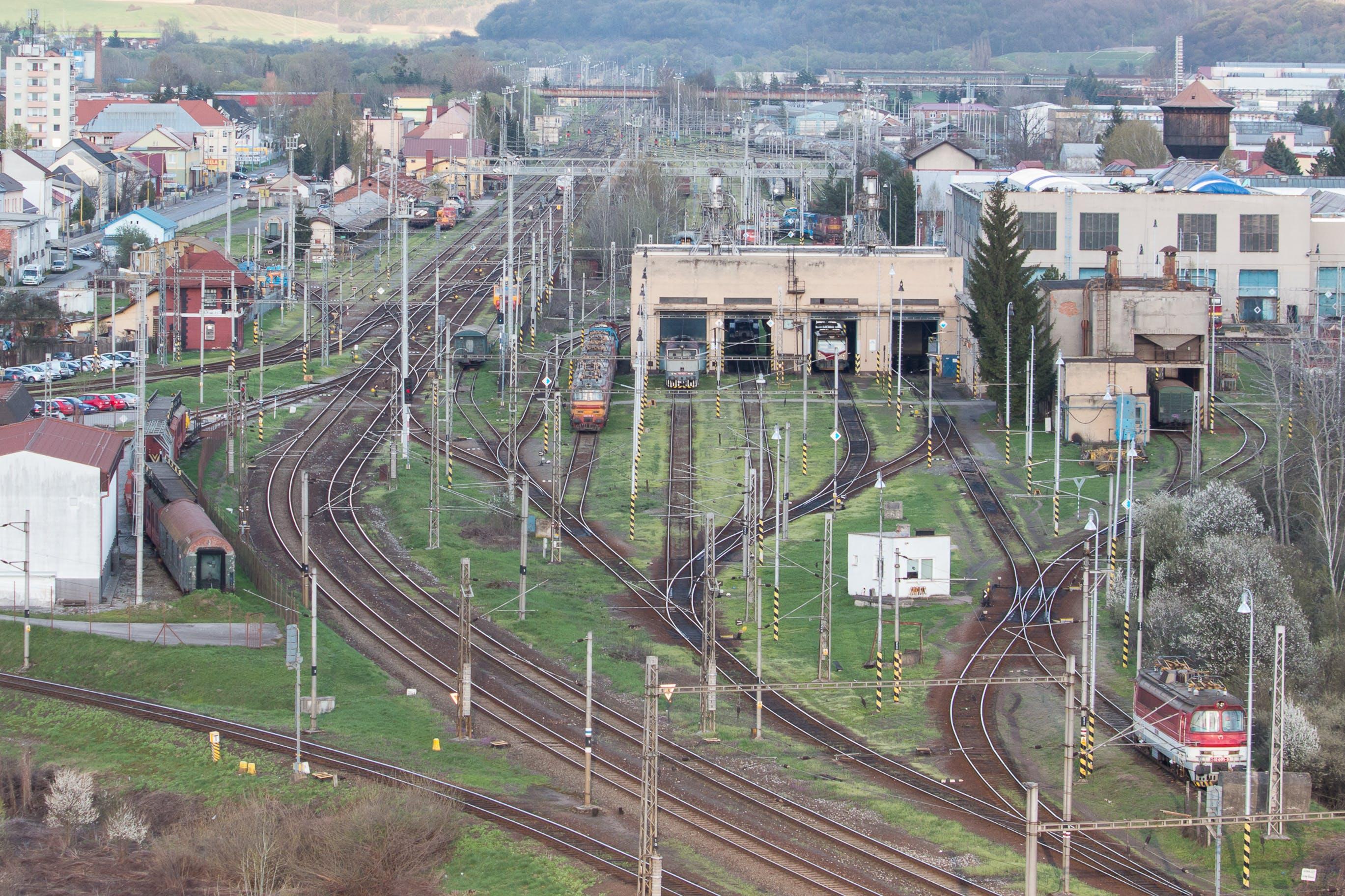 Fotos de stock gratuitas de reparación ferroviaria, zvolen