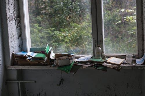 光, 圖書, 垃圾, 室內 的 免費圖庫相片