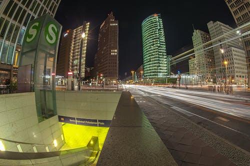 Fotobanka sbezplatnými fotkami na tému architektúra, Berlín, budovy, časozberný