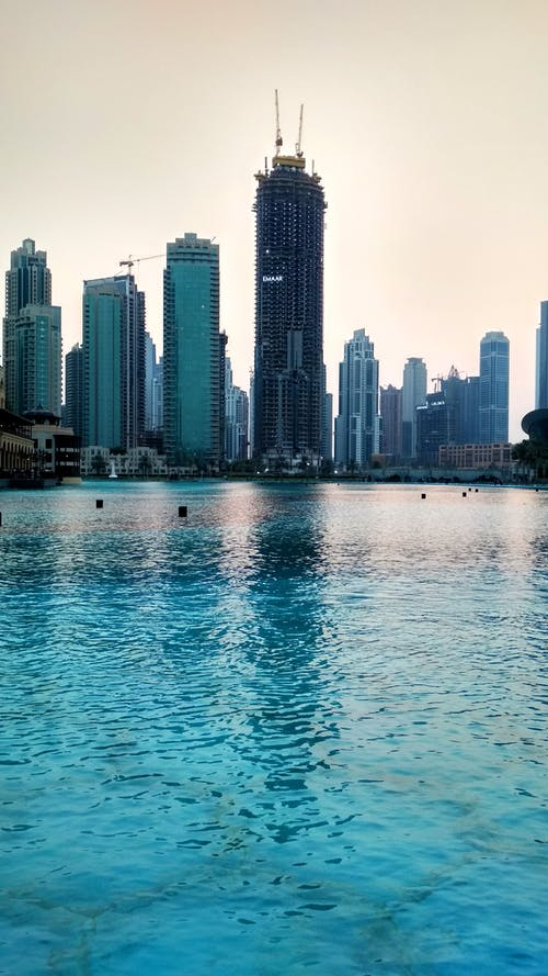 Immagine gratuita di acqua, architettura, centro città, città