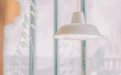 Kostenloses Stock Foto zu drinnen, hängen, lampe, nahansicht