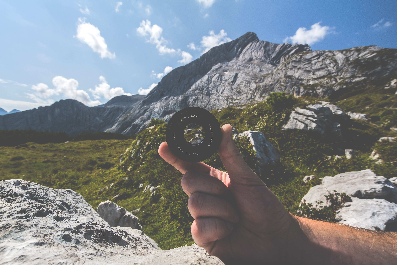 Kostenloses Stock Foto zu abenteuer, berg, felsen, gras