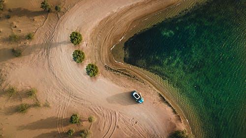Δωρεάν στοκ φωτογραφιών με drone, drone cam, άμμος, αυτοκίνητο