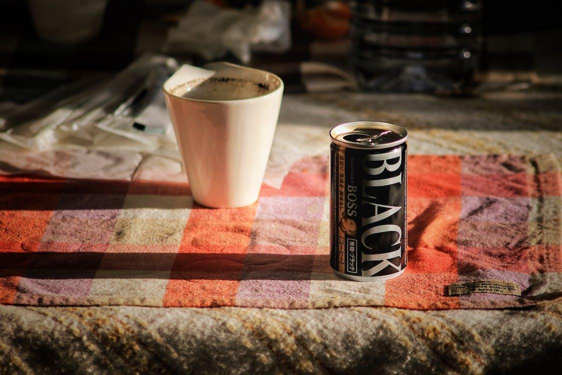 ciemny, cienie, czarna kawa