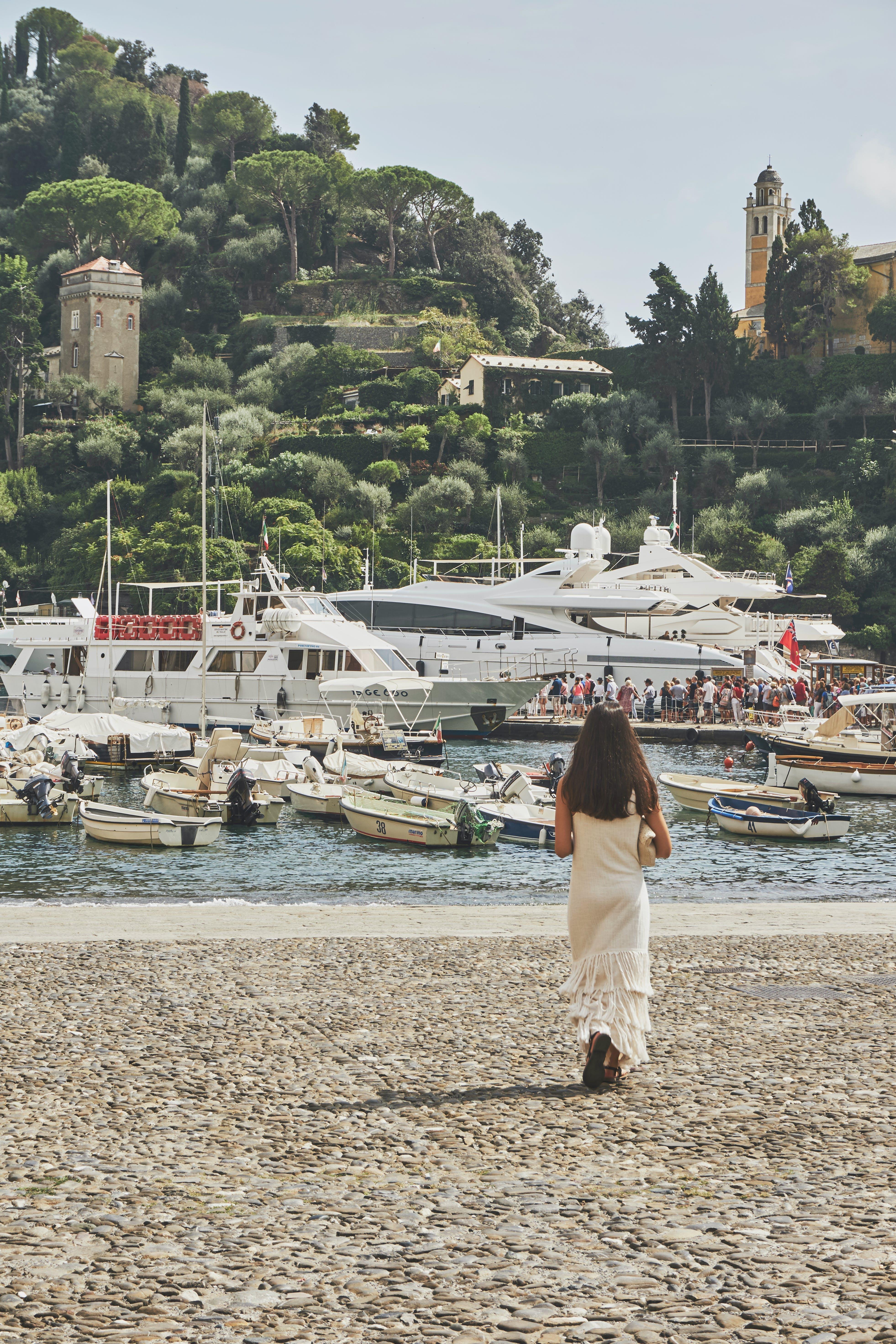 Základová fotografie zdarma na téma architektura, budova, cestovní ruch, čluny