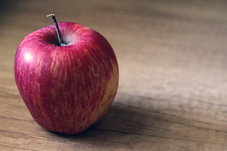 Kostenloses Stock Foto zu apfel, big apple, bunt, frisch