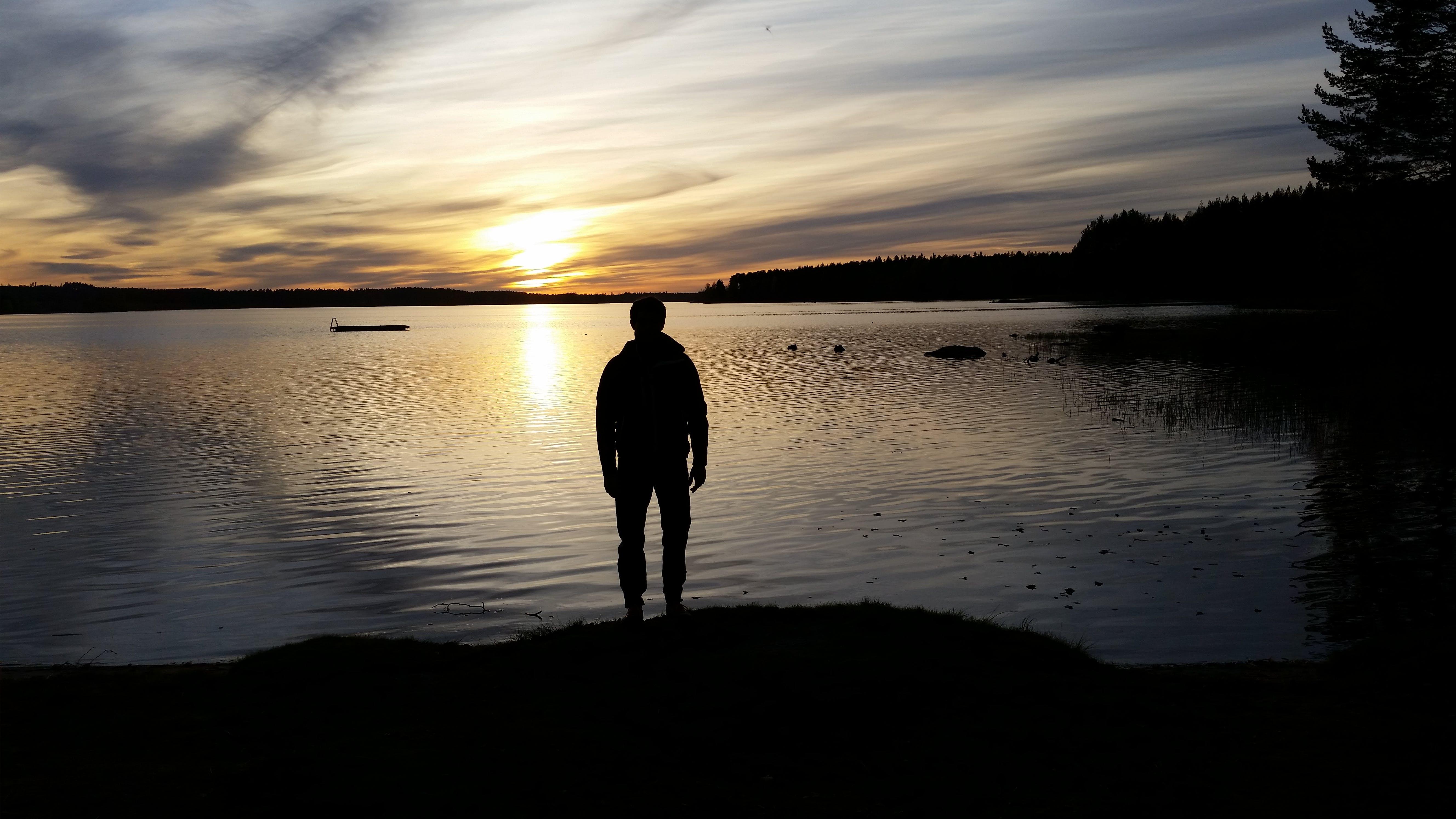 Foto d'estoc gratuïta de aigua dolça, beautiul, capvespre, cel