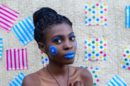Foto profissional grátis de azul, bonitinho, celebração, close