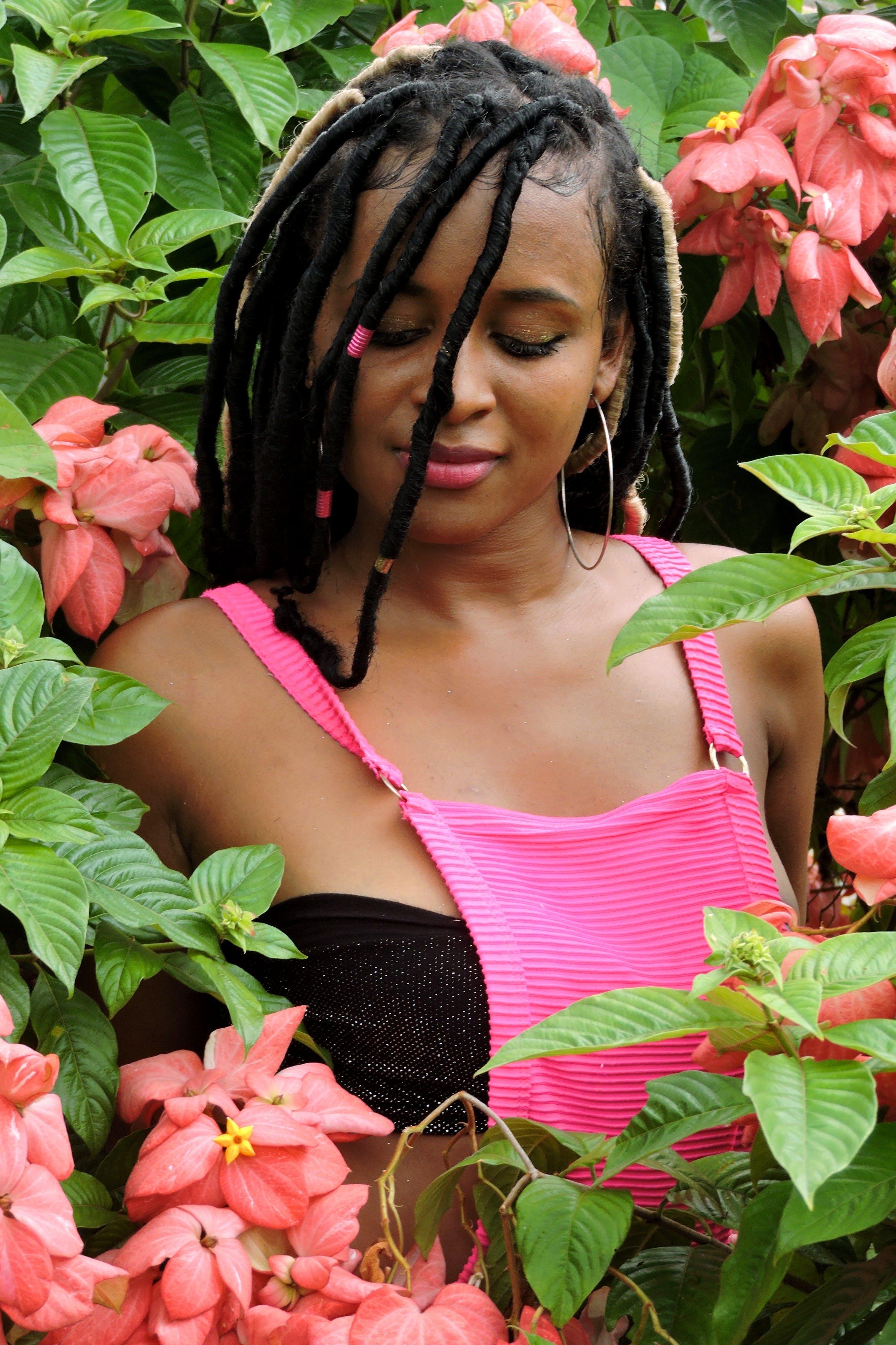 검은색, 경치, 귀여운, 꽃의 무료 스톡 사진