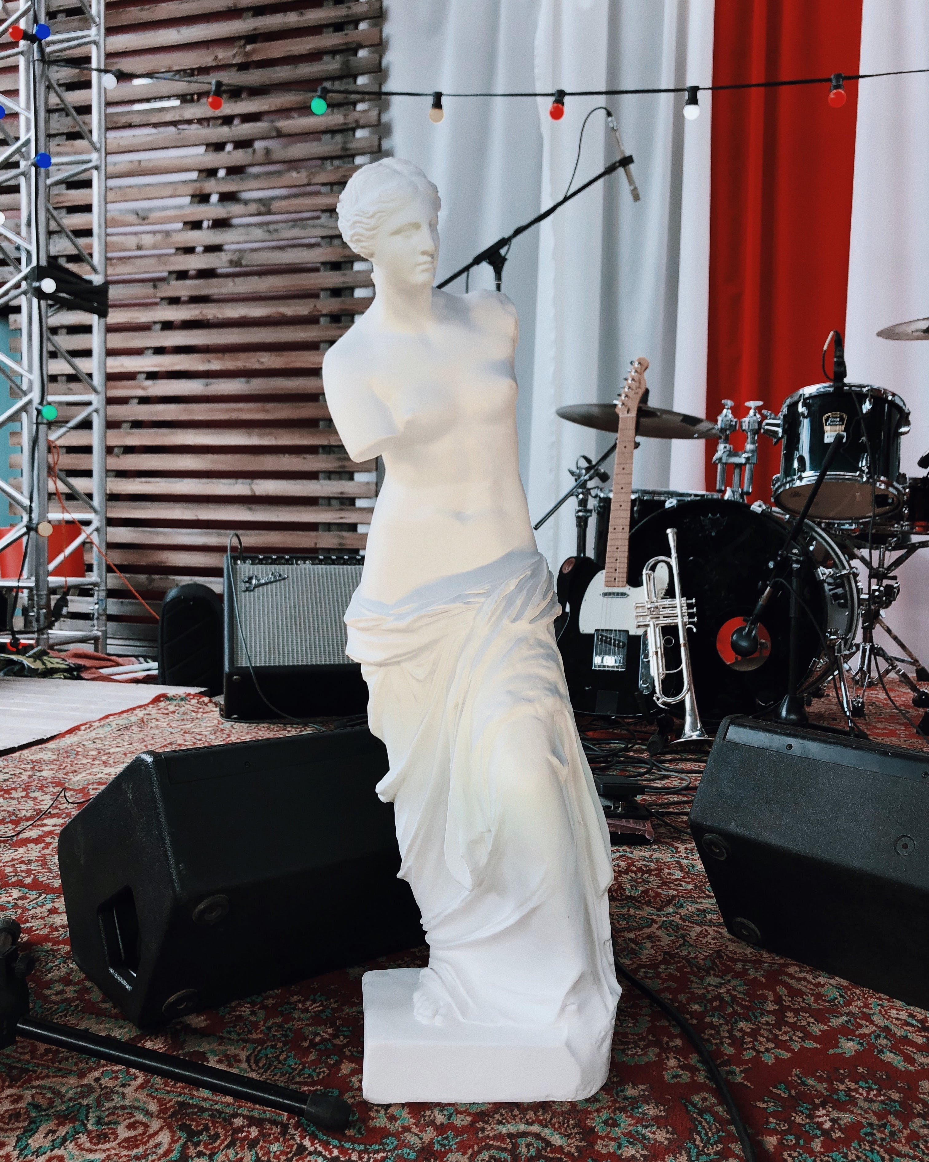 Free stock photo of music, lighting, statue, stage