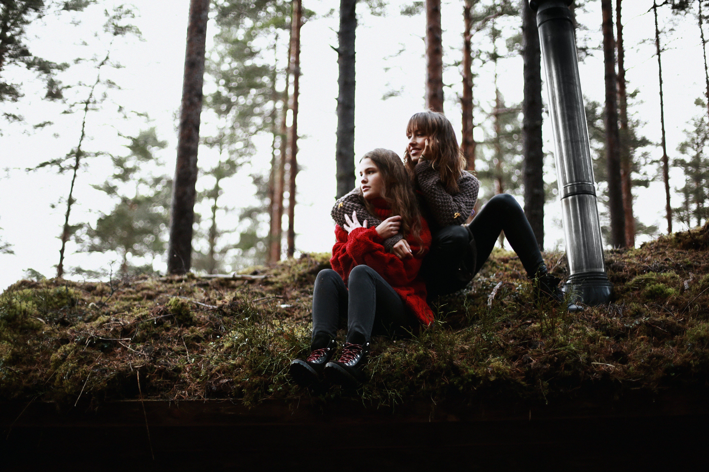 Kostenloses Stock Foto zu fashion, frau, frauen, bäume