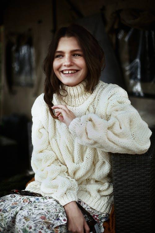 Ảnh lưu trữ miễn phí về áo len, áo len dệt kim, cận cảnh, con gái