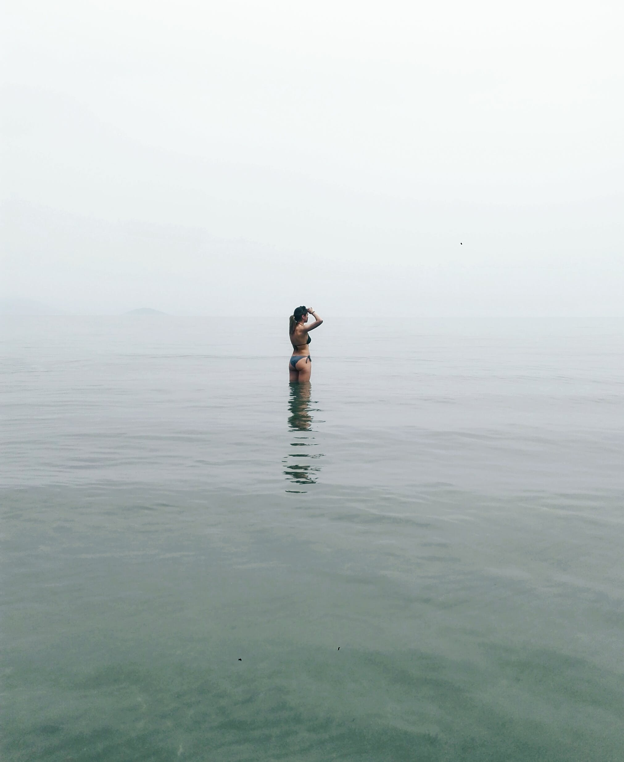 Kostenloses Stock Foto zu bikini, draußen, einsamkeit, erholung