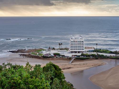 Бесплатное стоковое фото с берег, вода, голубой, горизонт