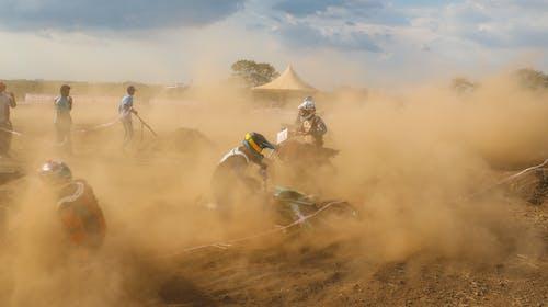 Δωρεάν στοκ φωτογραφιών με motocross, αγώνες, αγώνες μοτοσικλετών, αγωνιστική μοτοσικλέτα