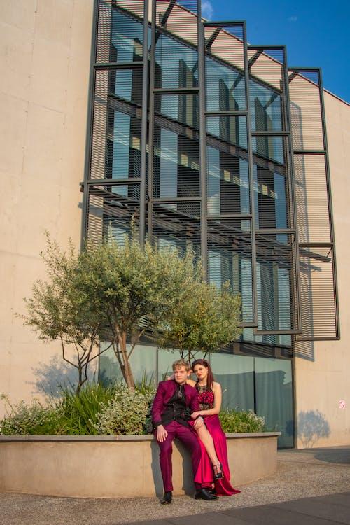Fotobanka sbezplatnými fotkami na tému architektúra, budova, centrum mesta, červená