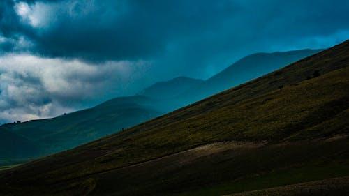 Безкоштовне стокове фото на тему «вечір, гора, Денне світло, краєвид»