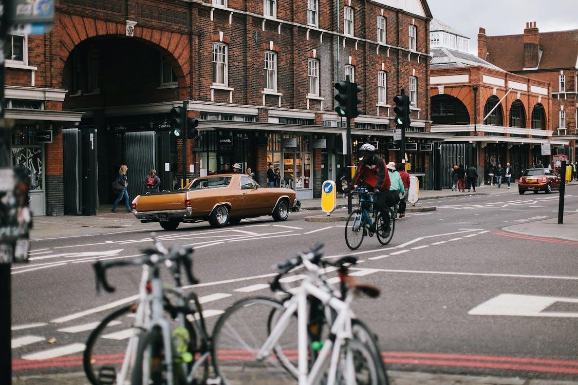 acció, anant amb bici, anant en bici