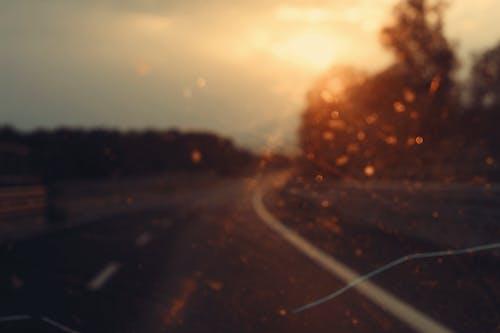 Kostenloses Stock Foto zu auto, betrunken, fahrzeug, hintergrund