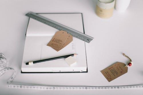 Imagine de stoc gratuită din birou, caiet, conducător, creion