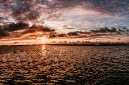 Gratis arkivbilde med hav, himmel, horisont, kveld