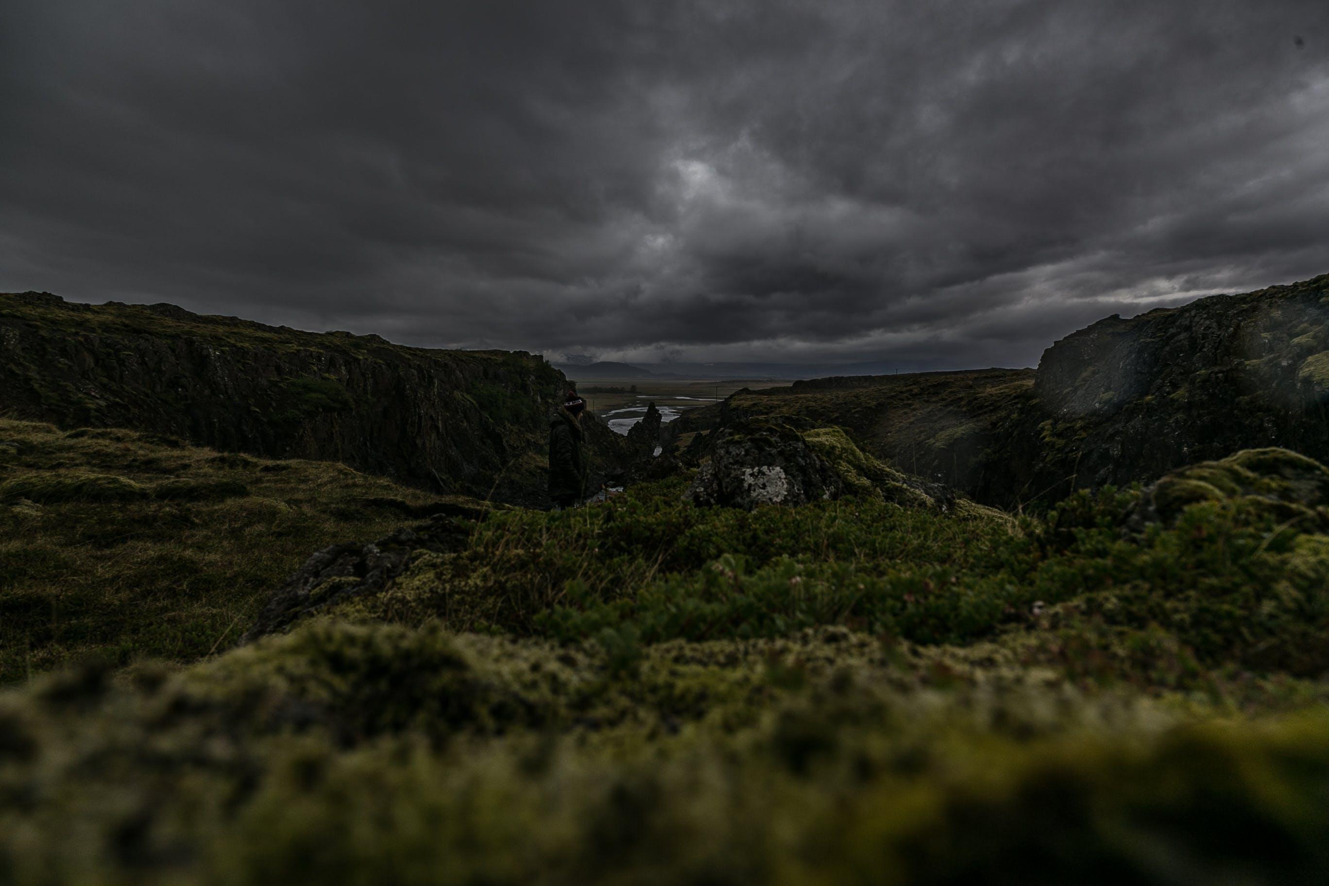 Kostenloses Stock Foto zu abenteuer, berg, dämmerung, draußen