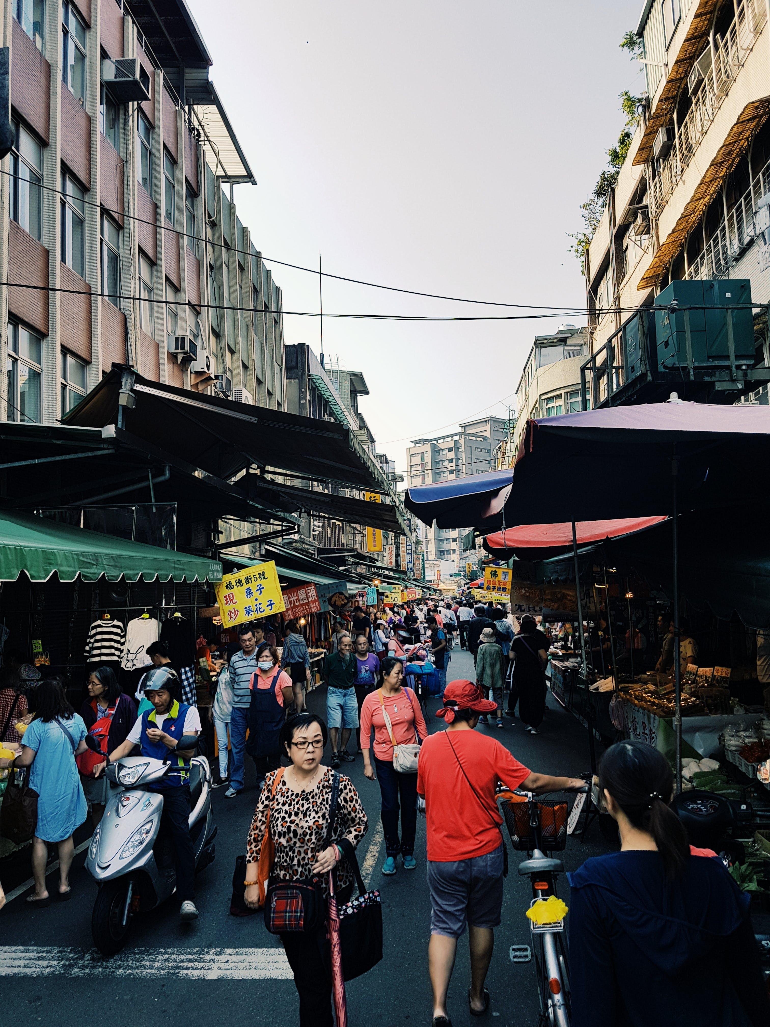 Gratis lagerfoto af asiatisk, by, folk, gade