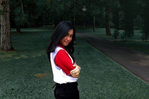 亞洲女孩, 光, 光線, 公園 的 免费素材照片