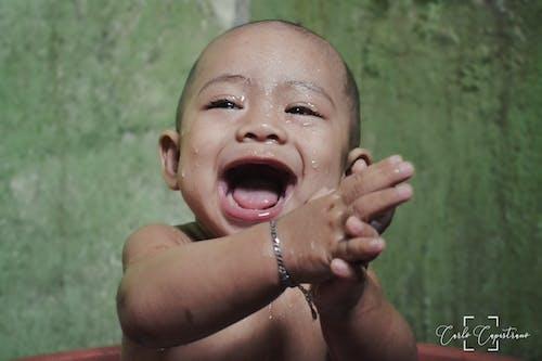 Základová fotografie zdarma na téma dítě, mokrý, šťastné děti, šťastný kluk