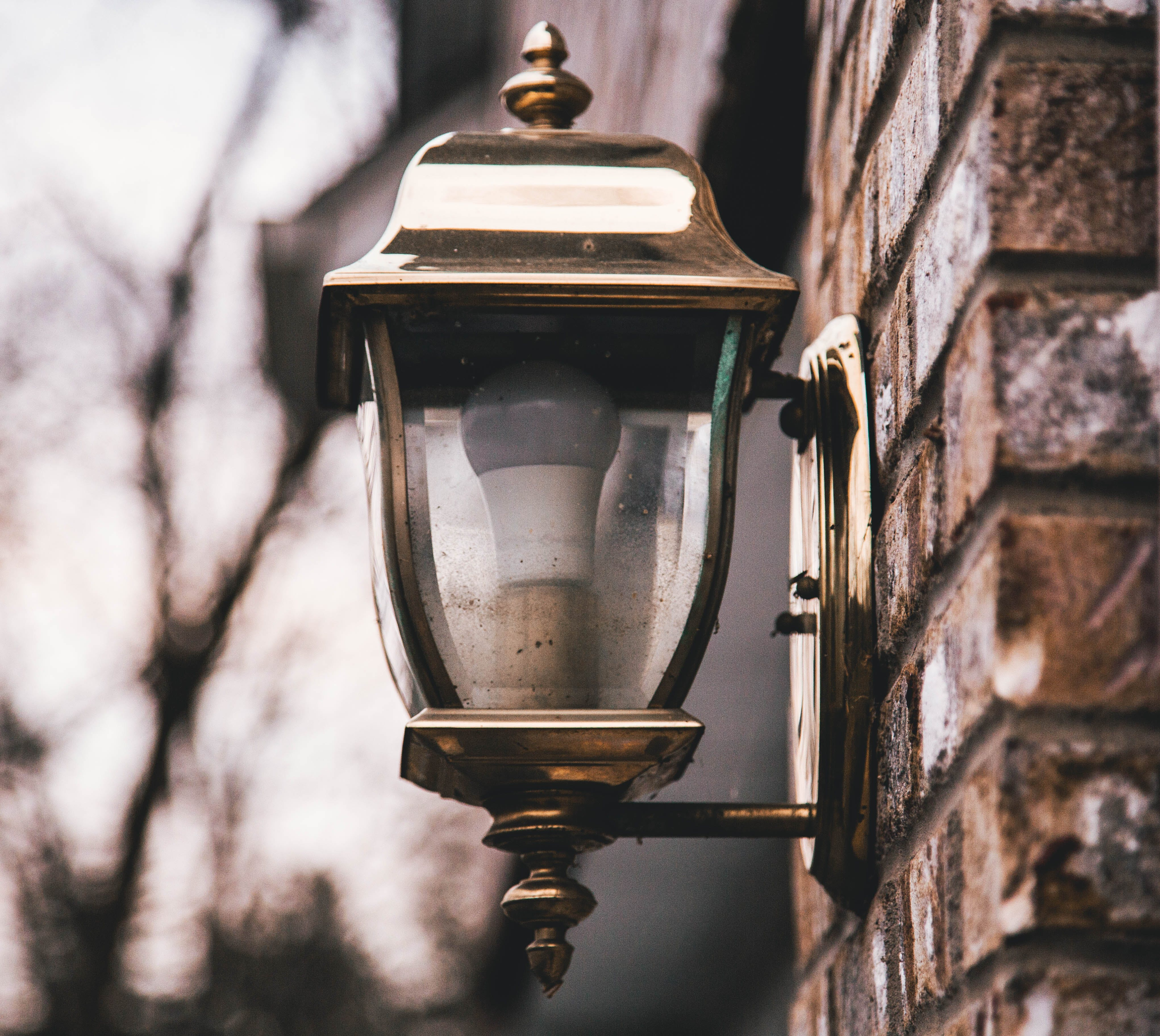 Shallow Focus Photography of Wall Sconce