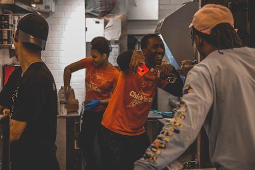 Základová fotografie zdarma na téma afroameričané, černoši, dospělý, kuchaři