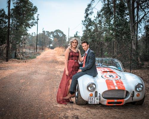Základová fotografie zdarma na téma ac cobra, auto, automobil, červené šaty