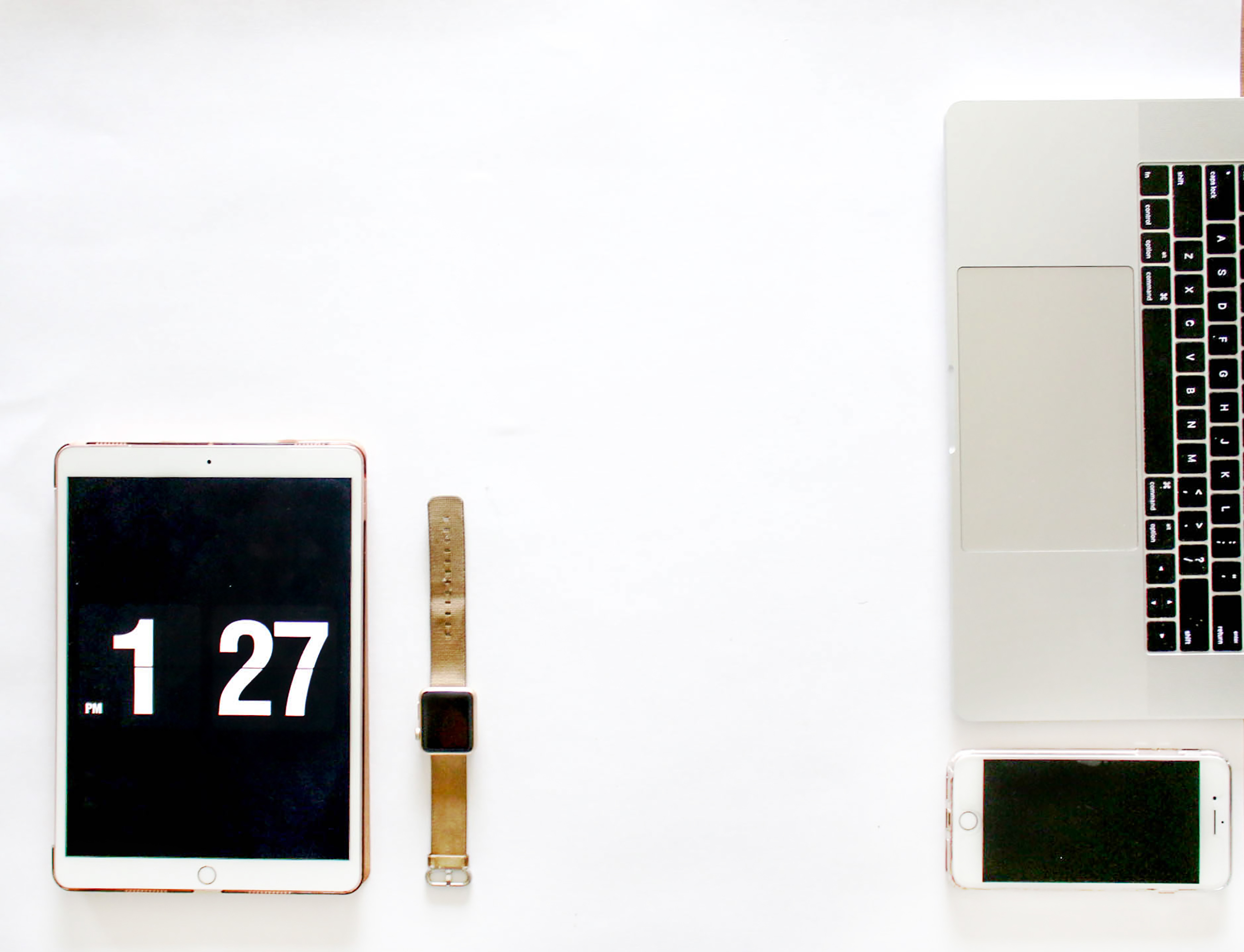 Gold Ipad Pro Beside Gold Aluminum Case Apple Watch With Gold Sport Band