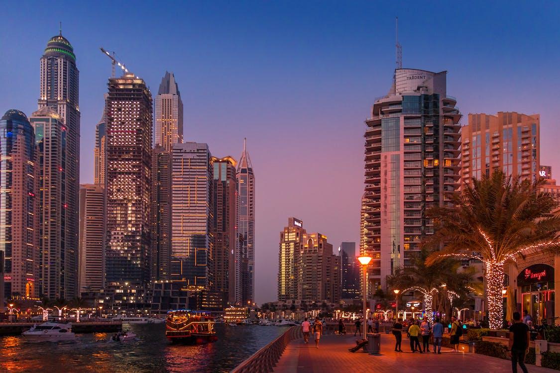 UAE Mulai Mencoba Mendiversifikasikan Ekonominya Agar Tidak Bergantung Pada Minyak