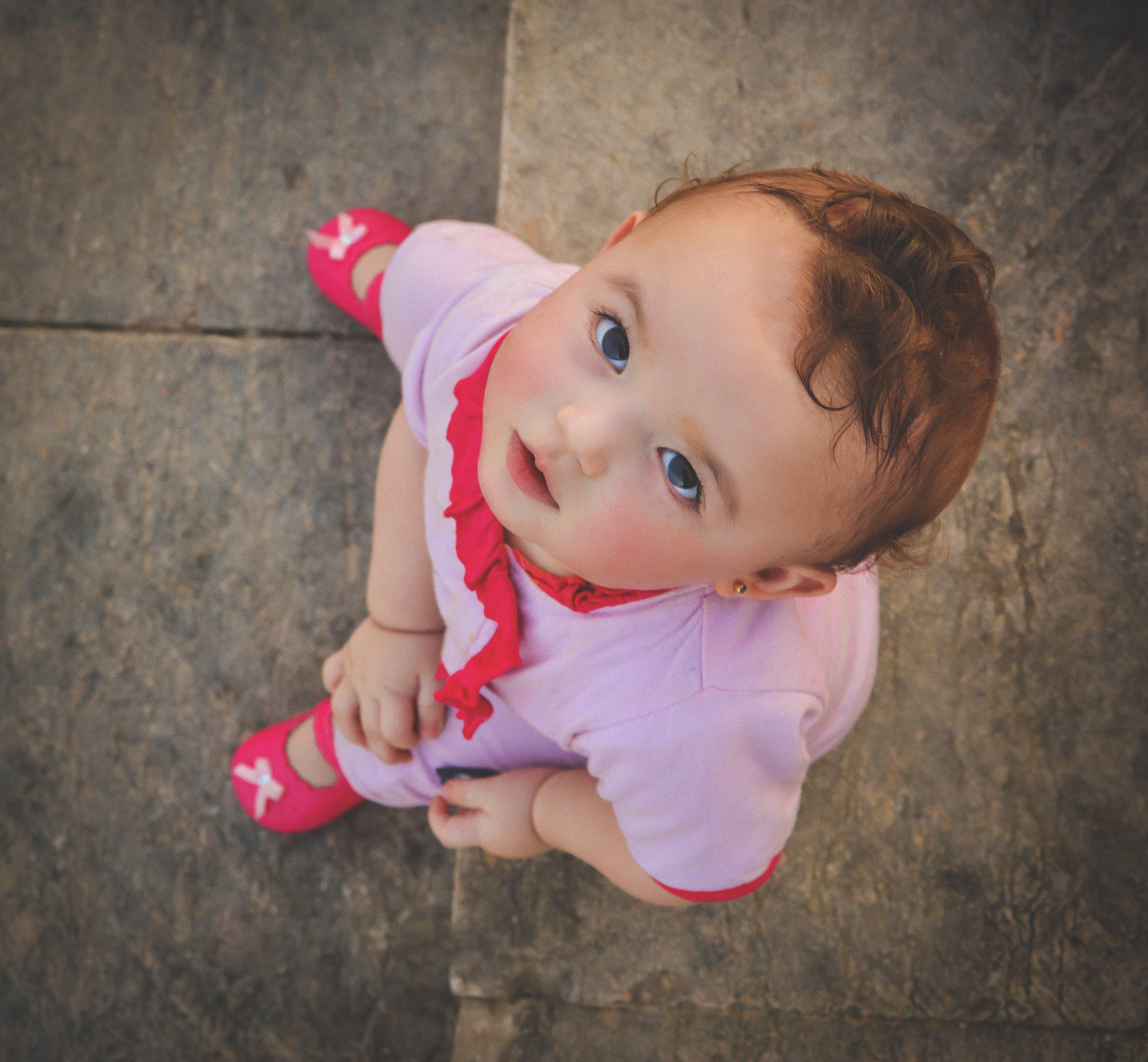 Immagine gratuita di adorabile, bambino, carino, da sopra