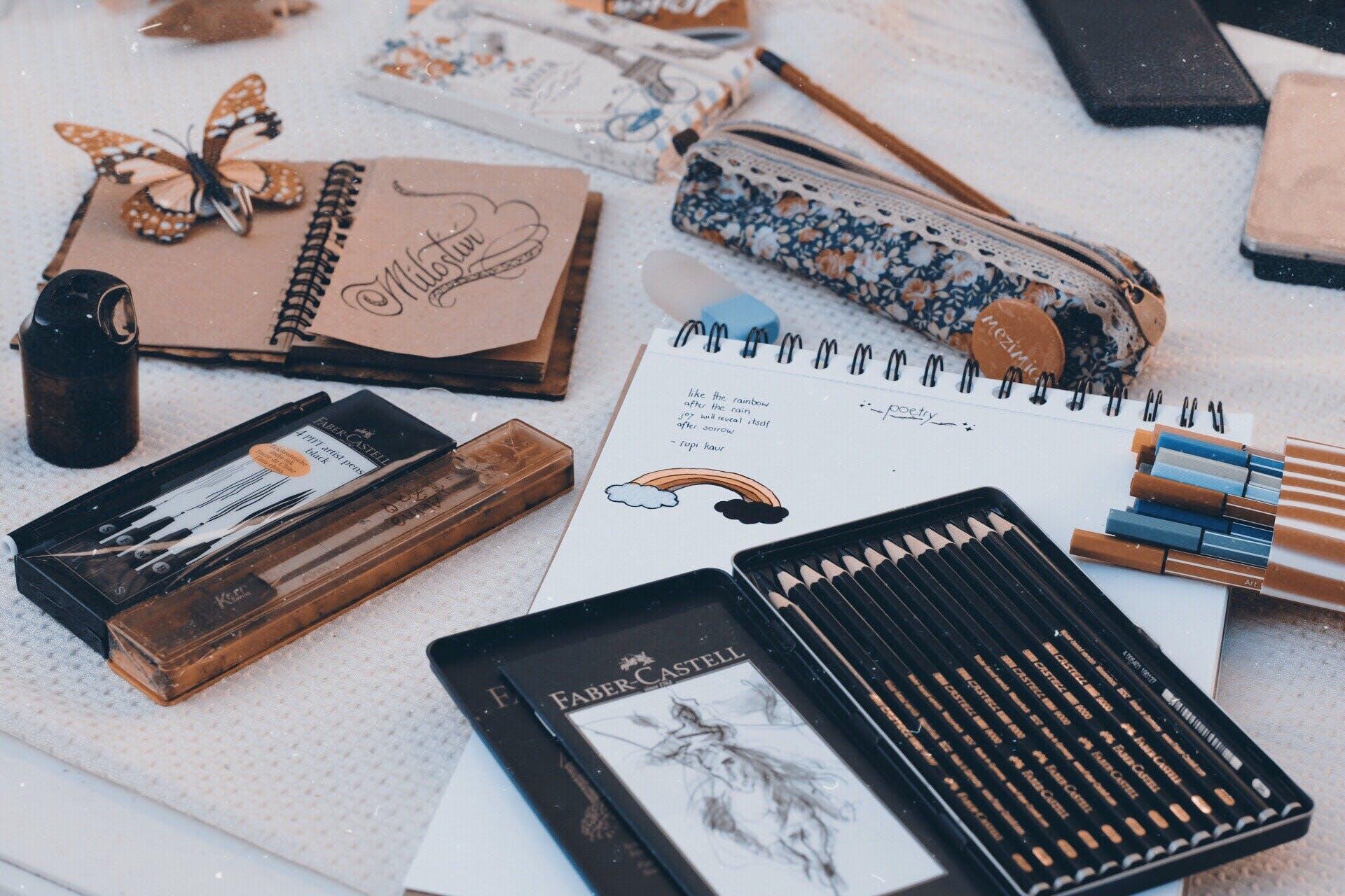 Black Faber Castell Coloring Pens Inside Box