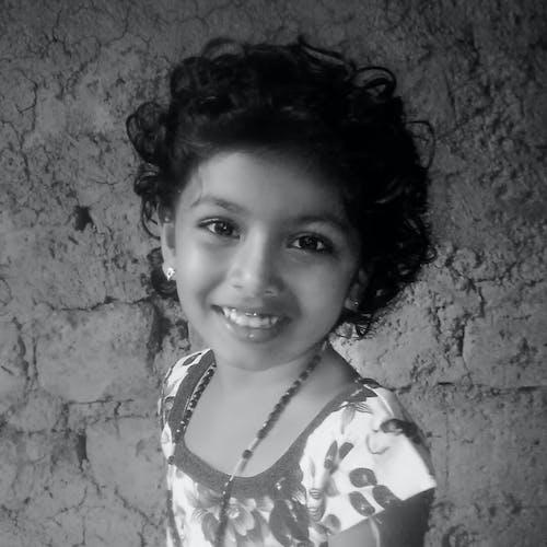 Kostnadsfri bild av indisk flicka, leende, söt leende