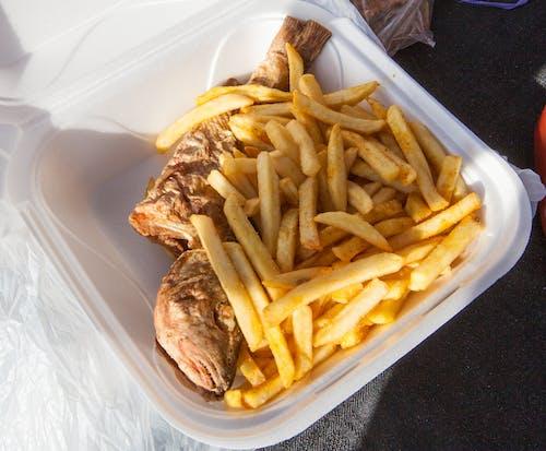 Gratis lagerfoto af pommes frites, stegt snapper, ø-stegt fisk