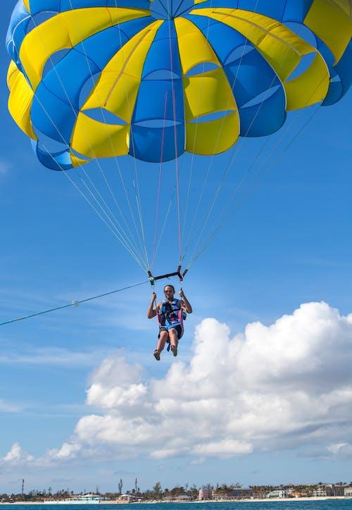 Gratis lagerfoto af parasailing