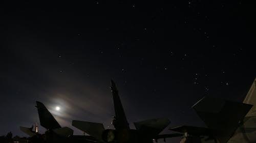 Δωρεάν στοκ φωτογραφιών με αεροπλάνο, αστέρια, μαύρος, μήνας
