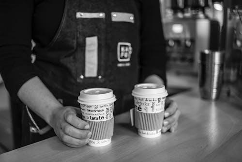 Immagine gratuita di bancone, bevanda al caffè, bianco e nero, caffè