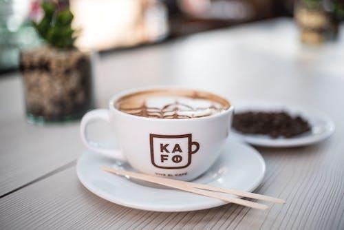 Foto profissional grátis de bebida, bebida de café, café, café com leite