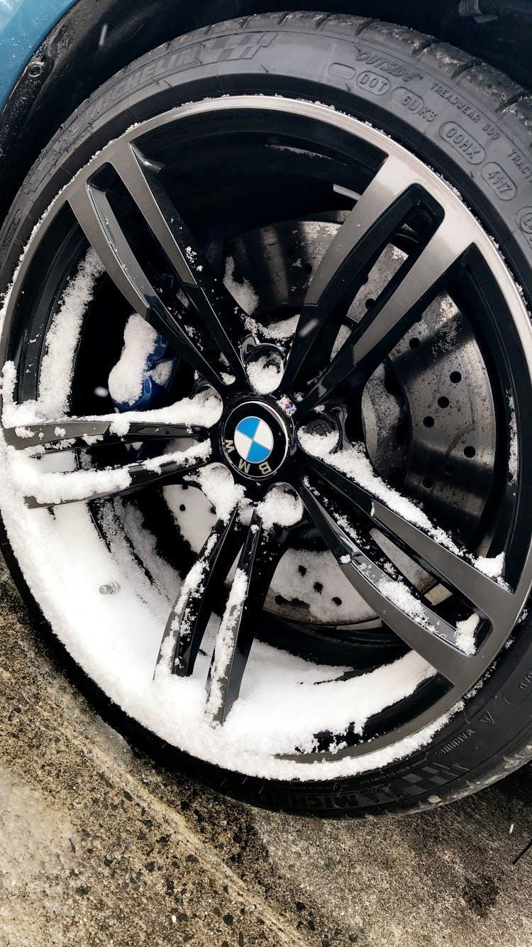 Gratis lagerfoto af bedst, bil, bmw m2, dæk
