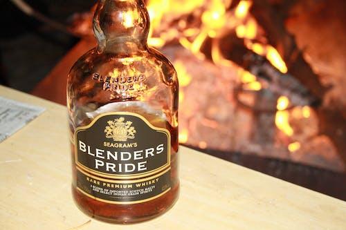 Gratis lagerfoto af bål, part, whisky