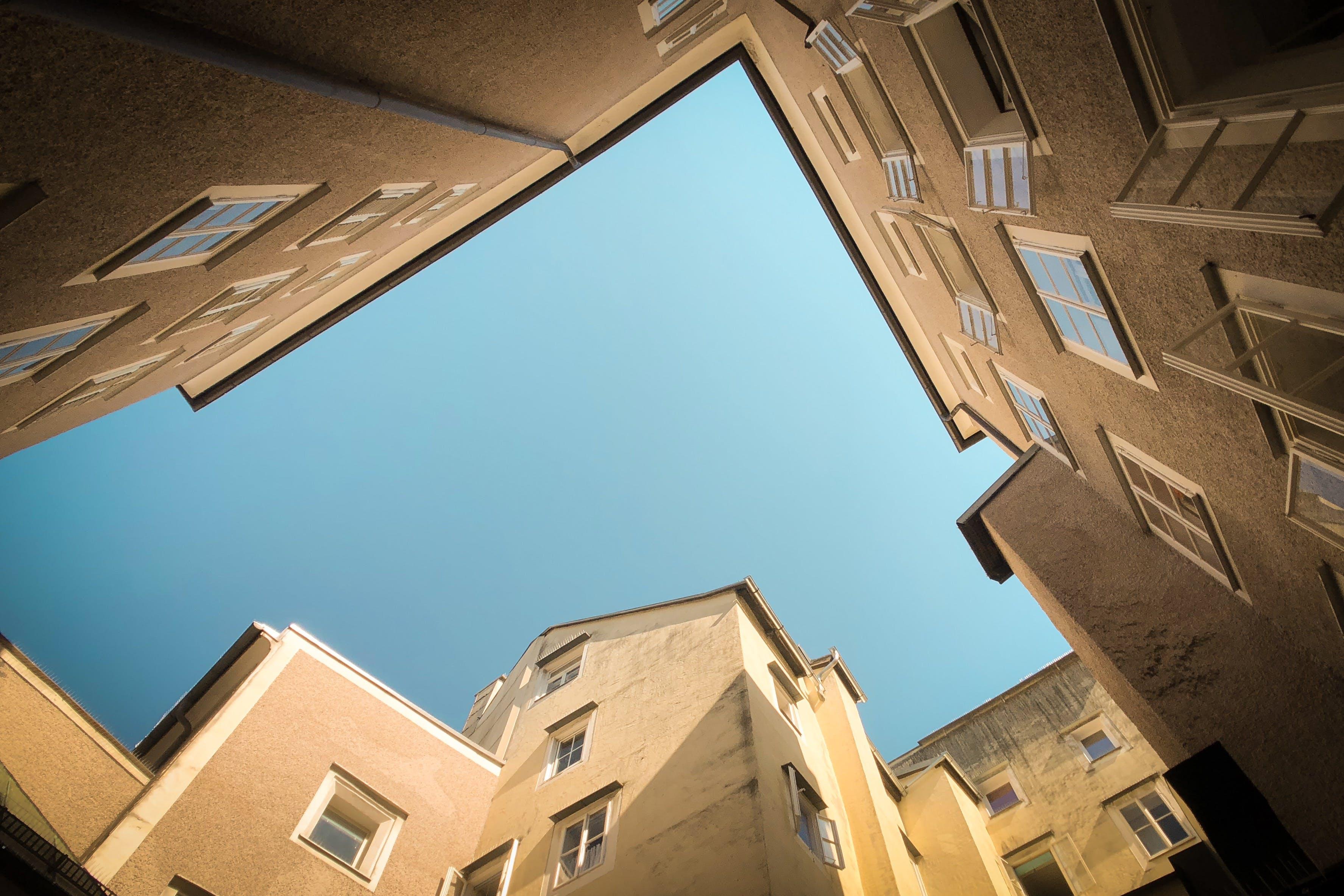 Gratis lagerfoto af arkitektdesign, arkitektur, bygninger, dagslys