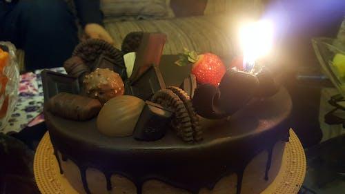 Foto d'estoc gratuïta de pastís d'aniversari