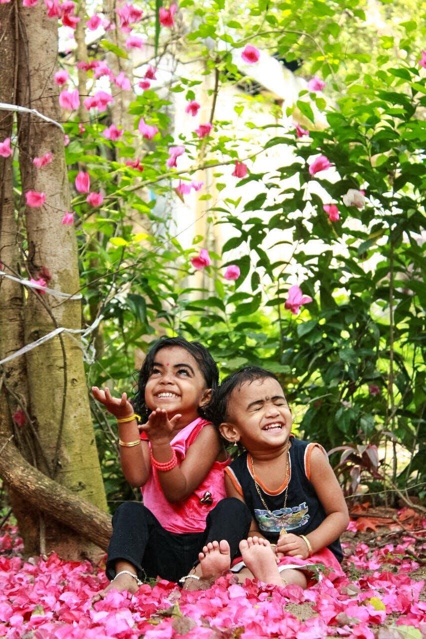 Gratis lagerfoto af Asiatisk pige, asiatiske mennesker, blomster, blomstrende