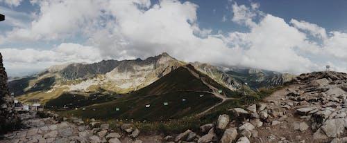 Darmowe zdjęcie z galerii z chmury, góry, krajobraz, malowniczy