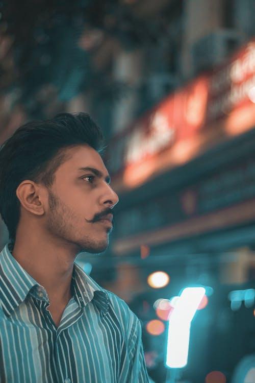 Fotos de stock gratuitas de actitud, adulto, bigote, chaval