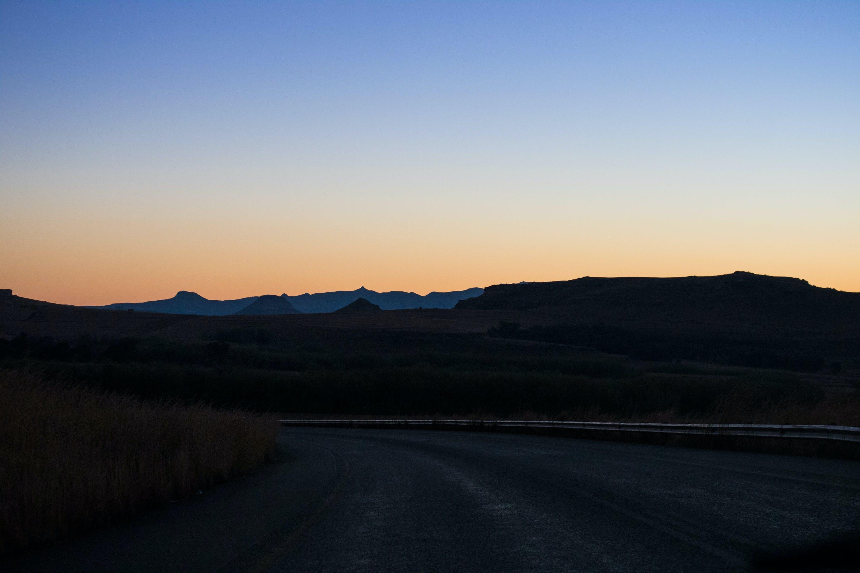 Základová fotografie zdarma na téma jižní afrika, krajina, savana, západ slunce